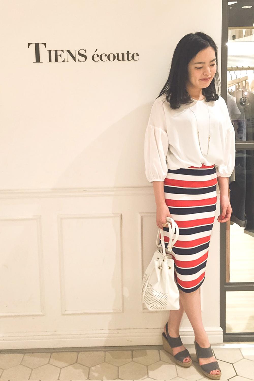 トリコロールカラーのボーダータイトスカート・有楽町店
