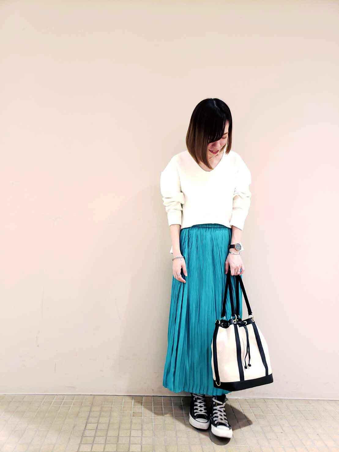 カラープリーツスカート・青葉台店